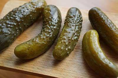 can dogs eat dill pickles