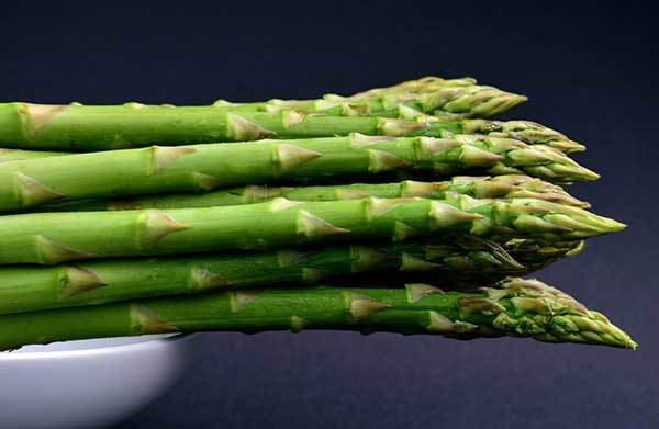 is asparagus bad for dogs?