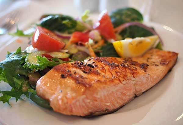 How do I Avoid Salmon Poisoning?