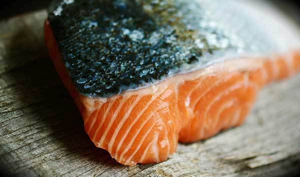 is salmon skin good for dogs?